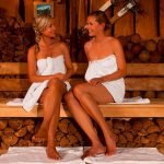 Hotel Apfelbaum, Therme Erding, VitalTherme Alpenstadl Zwei Frauen